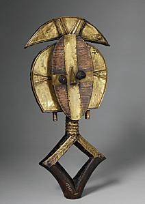Statuette-de-gardien-de-reliquaire-copie-1.png
